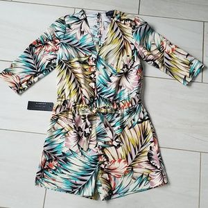 The Limited Tropical Print Romper XS petite NWT!